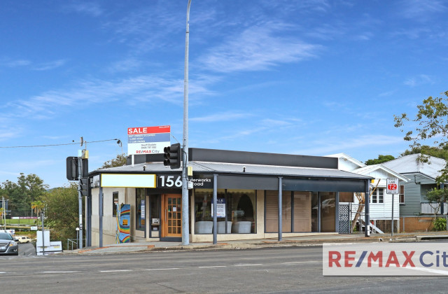 156 Waterworks Road, ASHGROVE QLD, 4060