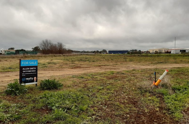 LOT 208 FRASER COURT, MOUNT GAMBIER SA, 5290