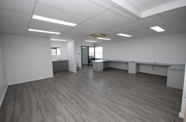 Level 1, 243 Ingham Road, GARBUTT QLD, 4814