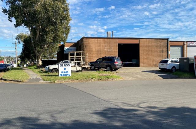 89 Parraweena Road, CARINGBAH NSW, 2229