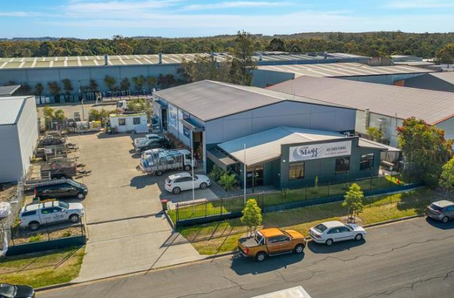2 Kullara Close, BERESFIELD NSW, 2322