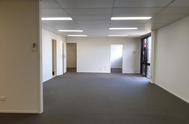 10A/13 Upton Street, BUNDALL QLD, 4217