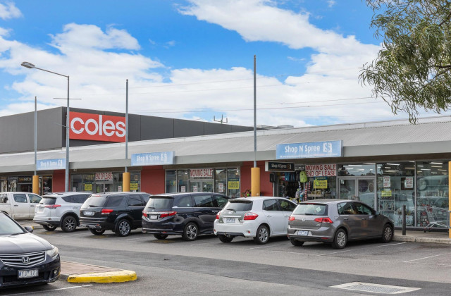 Shops 13-15/136 The Avenue, The Avenue Shopping Centre, SUNSHINE WEST VIC, 3020