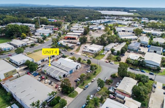 Unit 4/4 Leo Alley Road, NOOSAVILLE QLD, 4566