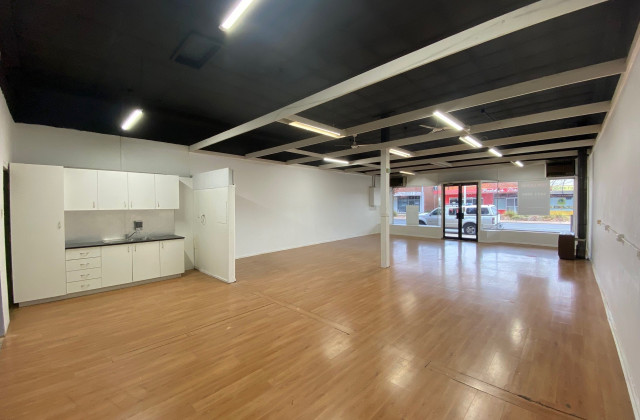 1080 Mate Street, LAVINGTON NSW, 2641