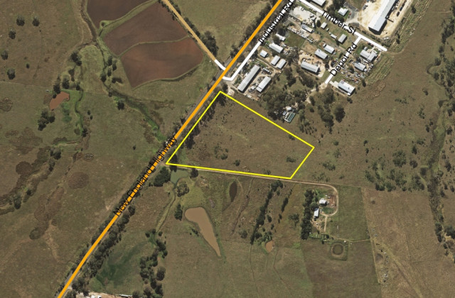Lot 303 New England Highway, CROWS NEST QLD, 4355
