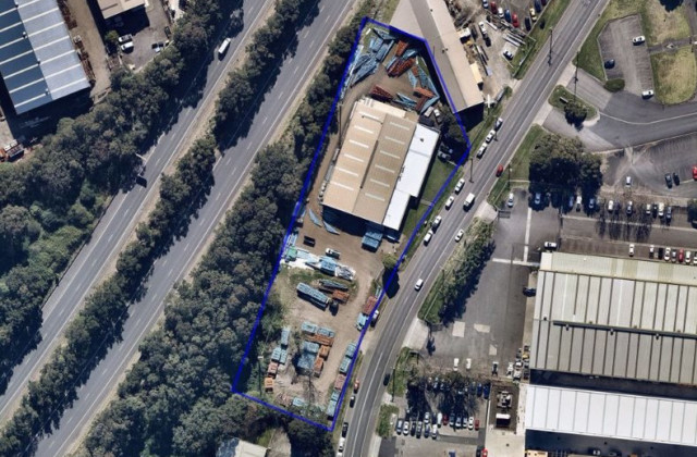 42-44 Glastonbury Avenue, UNANDERRA NSW, 2526